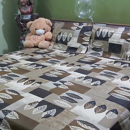 Multi color King Size Bedsheet 108× 108 Inch Soft Cotton Material