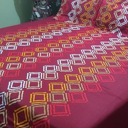 Red color King Size Bedsheet 108× 108 Inch Soft Cotton Material